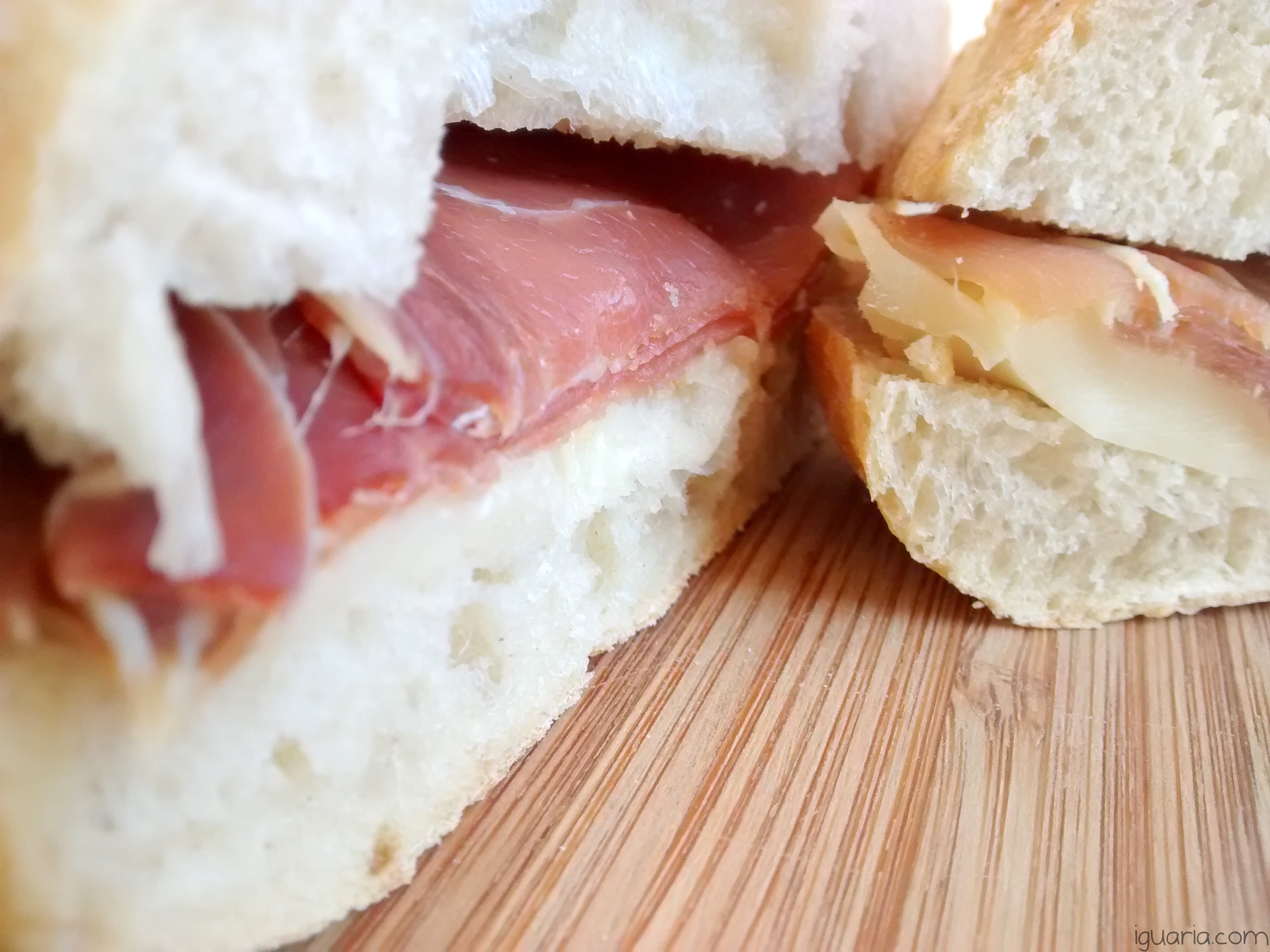 iguaria-sandes-de-presunto-queijo-amanteigado