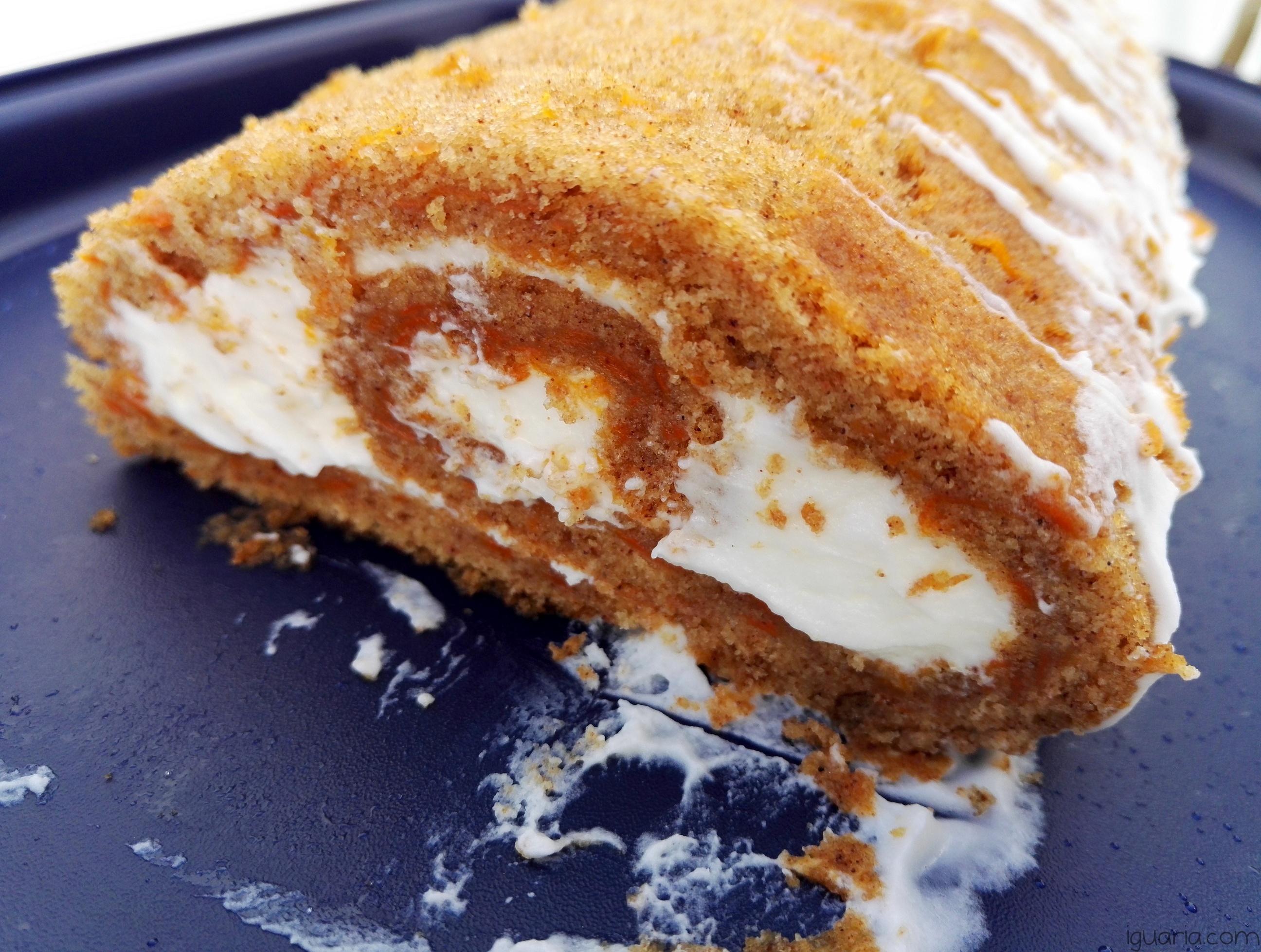 iguaria-torta-de-cenoura-recheada