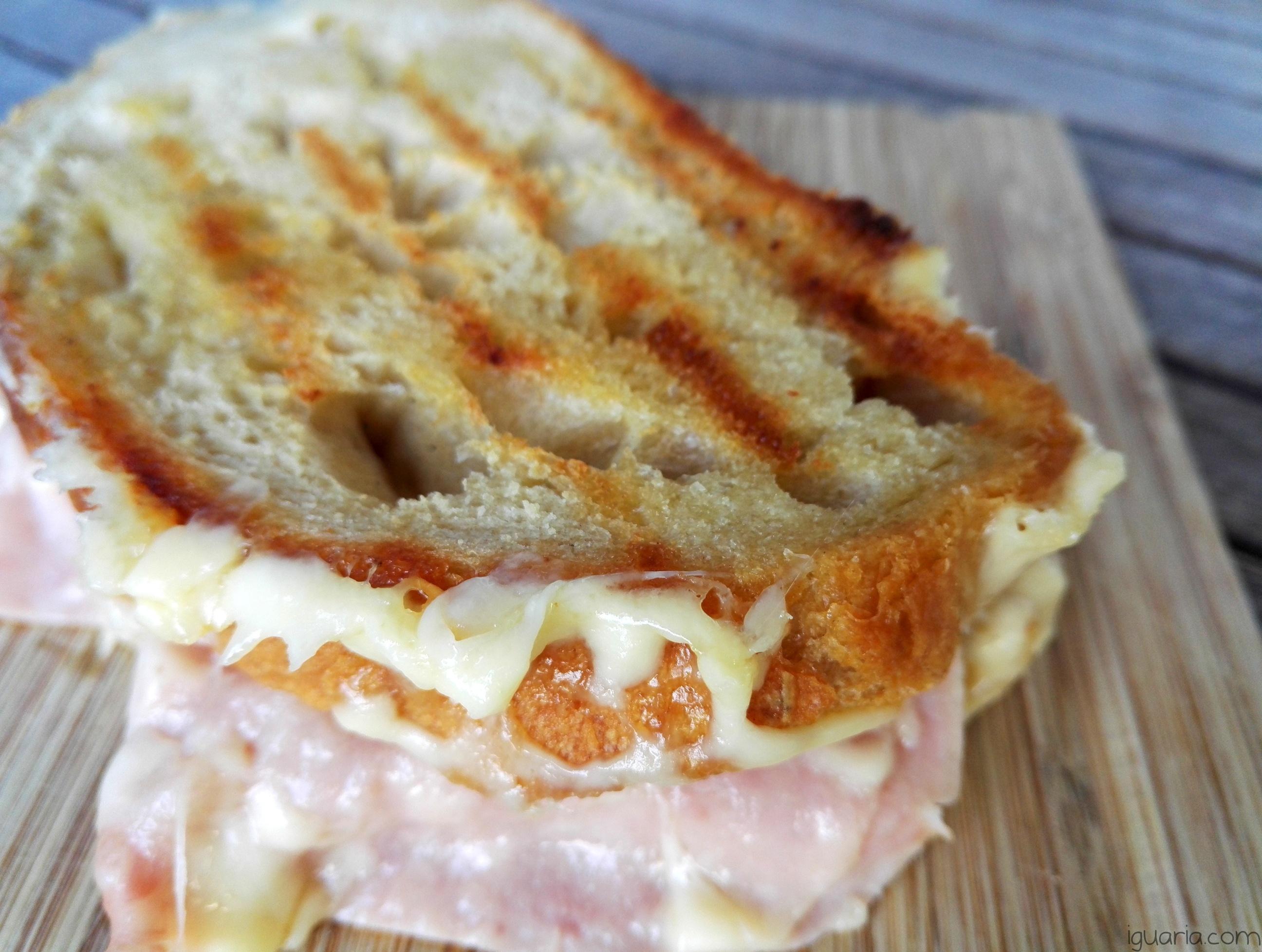 iguaria-tosta-mista-queijo-grelhado