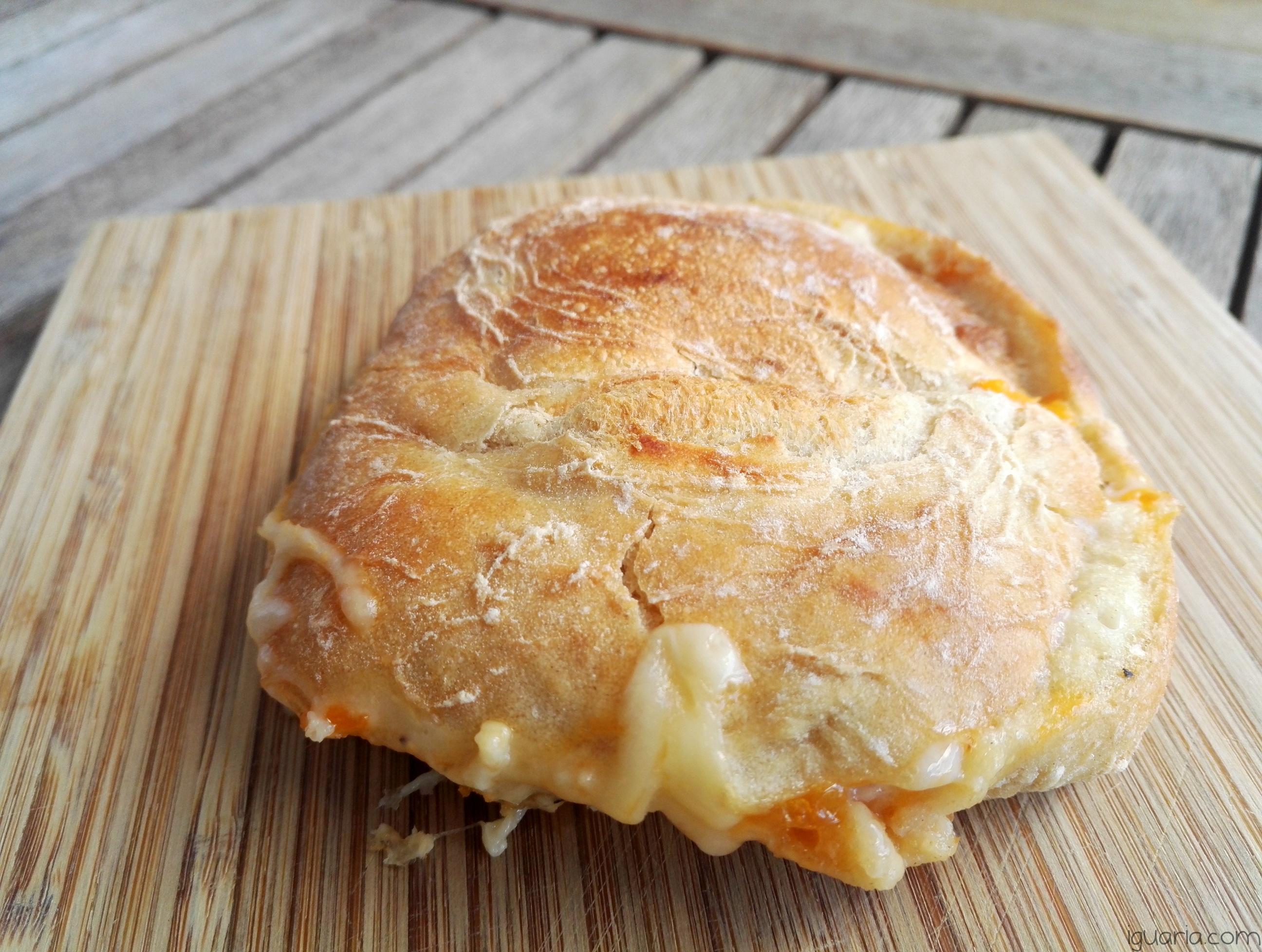 iguaria-tosta-de-ovo-e-queijo
